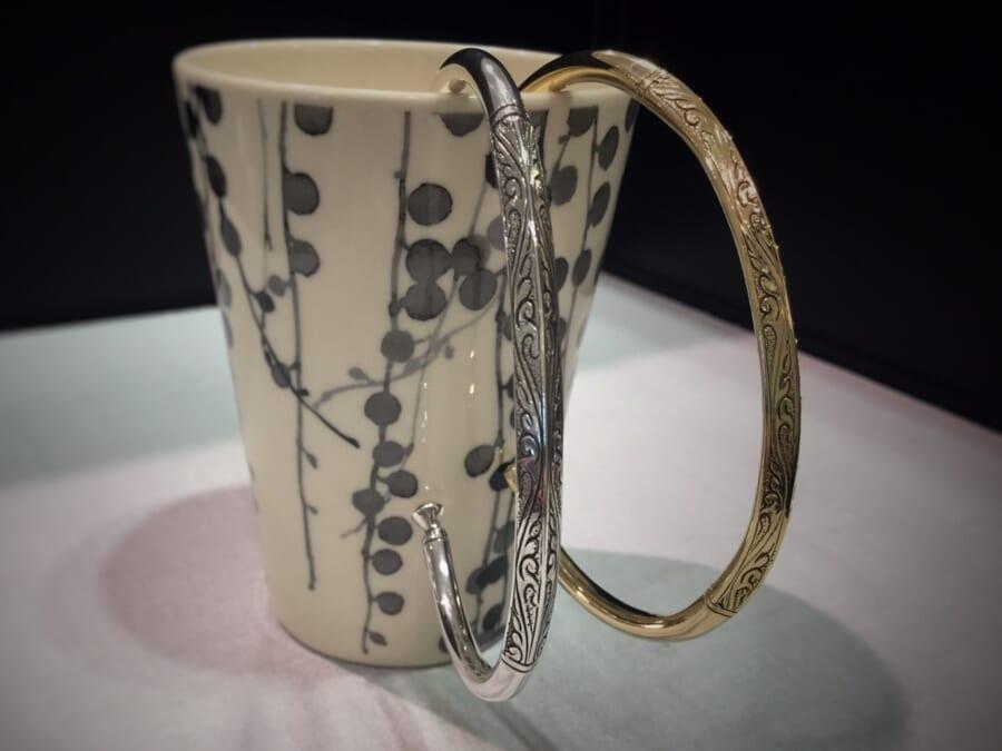 スーマンダックワ スクエアーリーフカービングカフ バングル ブレスレット K14YG Silver