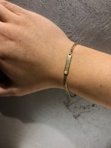 Gold Jewelry from NEW YORK ID Bracelet 着用