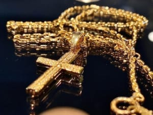 Ridge Cross Pendant Small K18Yellow Gold w/Diamond