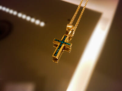 Small Gravity Cross Inlay Necklace K18Yellow Gold