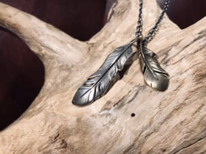 Old Feather Necklace物