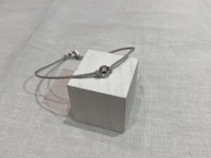 One LG Diamond Bracelet Silver物撮り