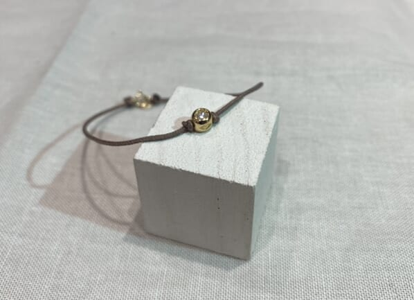 One LG Diamond Bracelet K18物撮り