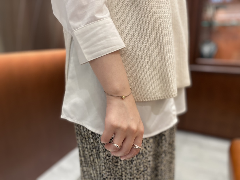 One LG Diamond Bracelet K18着画